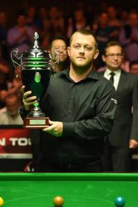 Mark Allen with the trophy - photo courtesy of Monique Limbos.