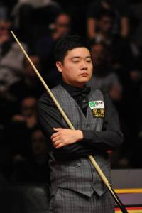 Can Ding Junhui finish the season strongly? - photo courtesy of Monique Limbos
