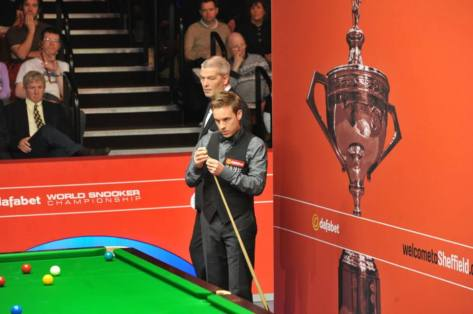 The snooker community is stunned as Ali Carter is diagnosed with lung cancer.